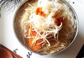 # 쌀국수소스를 이용해서 숙주가 듬뿍 들어간 해물쌀국수만들기