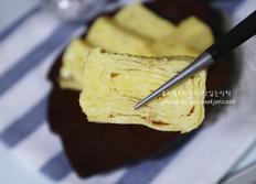 사각 후라이팬에 계란말이 만드는법