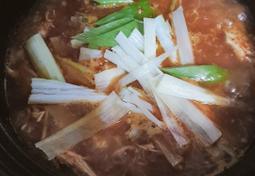 닭곰탕, 남은 백숙 활용한 매운 닭곰탕, 닭칼국수