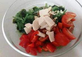 다이어트 식단-닭가슴살 해초 샐러드