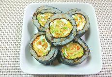 별다른 재료 필요없는 원포인트 김밥 '달걀말이 김밥'만들기