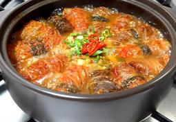 삼겹살 김치 말이 전골 돼지고기 요리