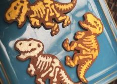 조카를 행복하게 만들어주는 공룡쿠키??