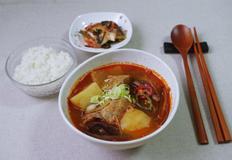 돼지갈비육개장, 뜨끈한 국물 요리