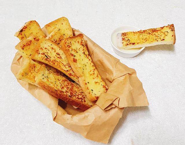 마늘토스트