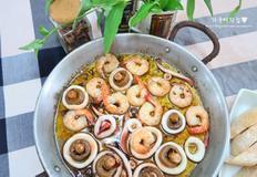 감바스 알 아히요, 새우&오징어&버섯을 넣어