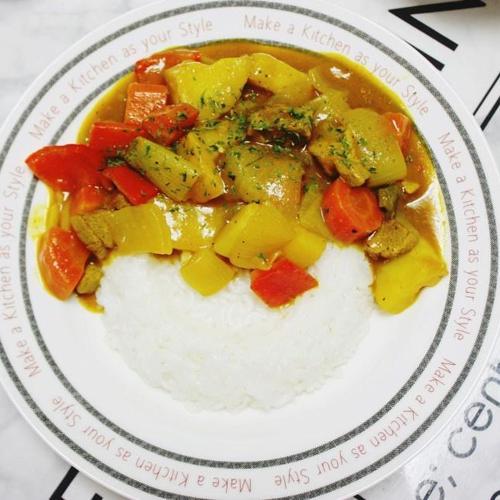 카레 덮밥. 반찬하기 귀찮을땐 간단한 저녁메뉴 카레만들기
