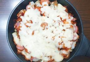 냉동만두로 떠먹는 만두피자 만들기