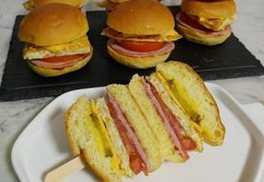 달걀부침이 들어간 모닝빵 달걀 샌드위치(길거리토스트도 되는 특별한 레시피)