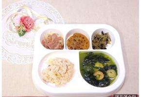 훈제오리볶음, 연근조림, 멸치볶음, 해물 미역국, 아이 반찬, 유아 반찬, 유아식 식단,