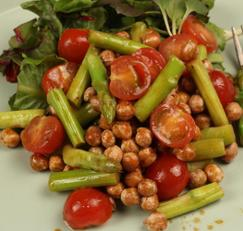 아스파라거스와 병아리콩 샐러드