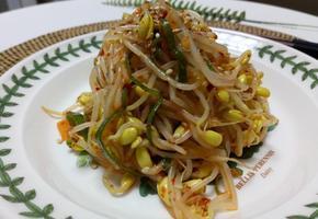 간단한 재료일수록 맛내기 어려운 '콩나물무침'속 비법!