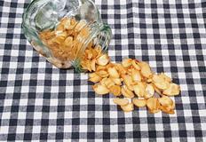 바삭바삭 마늘 후레이크(마늘칩) 만들기- 요리에 뿌리면 근사해요♡