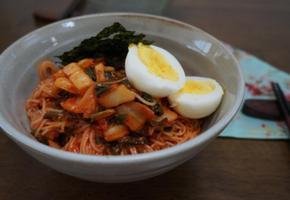 김치비빔국수 만들기