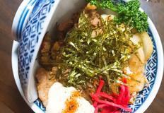 일본가정식, 豚卵?, 부타타마고동 ( 돼지고기 달걀 덮밥)