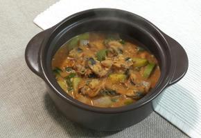 짜작하게 끓인 홍합 된장찌개