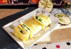 #달걀말이 #계란말이 #시금치달걀말이만들기 #시금치나물을 넣은 달걀말이~~ 초록색과 노랑색의 조화~~