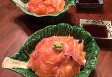 일본식 [연어덮밥 (사케동 サケ?)]