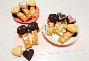 발렌타인데이 초코쿠키 만들기 스누피쿠키에 초콜릿이 샌드되어 있어요 :)