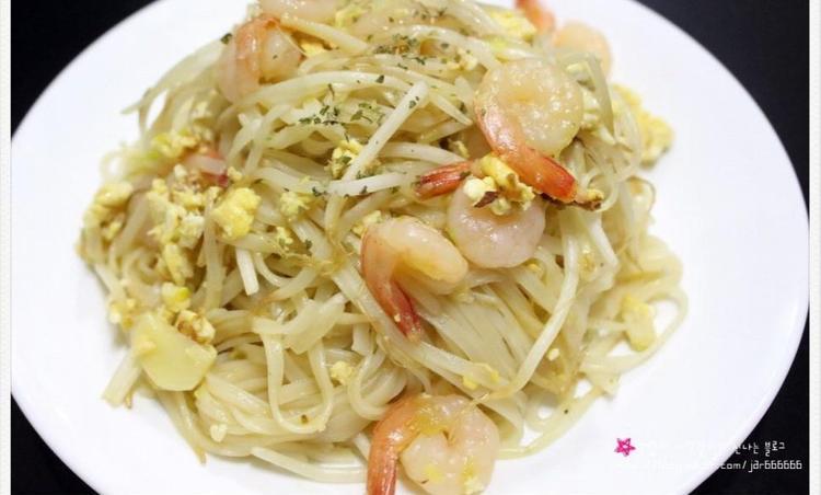 볶음쌀국수 / 팟타이 - 쌀국수 요리