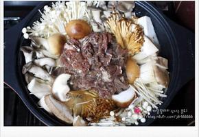 (집에서 즐기는 술안주) 버섯불고기 전골 - 홈 파티 전골요리
