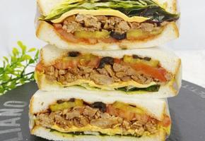 잘게 찢은 돼지고기를 넣은 풀드포크 샌드위치(프렌차이점 따라하기!)