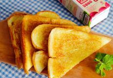 마약 토스트 / toast