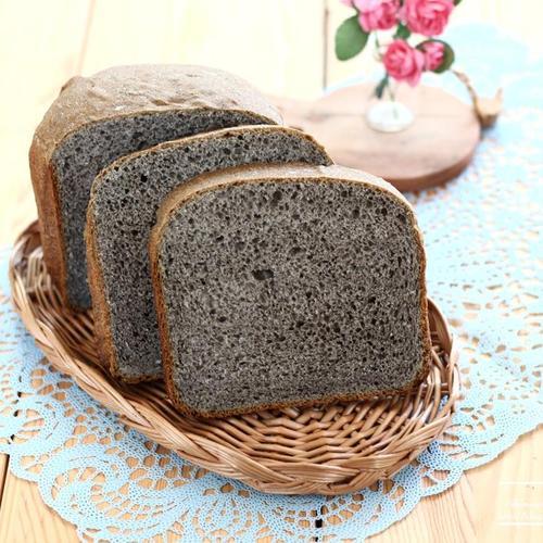 제빵기로 완성하는 검은깨 흑임자 식빵
