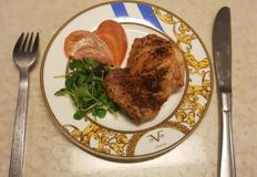 에어프라이로 요리하는 닭다리살 구이(치킨)