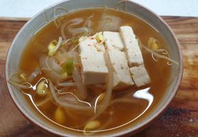 콩나물국 끓이기 / 얼큰국물 / 시원칼칼하고 깔끔한맛 / 국물요리