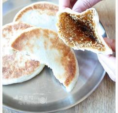 식빵 믹스로 만든 호떡, 기름지지않은 중국호떡 같아요~ 식빵믹스호떡