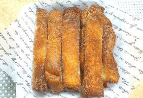 에어프라이어로 계피향 솔솔 바삭한 식빵 츄러스 만들기