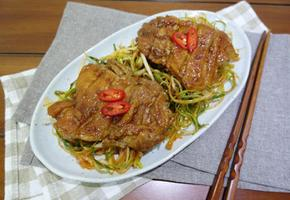 닭다리살 간장 조림 :: 파채무침 함께먹는 닭요리