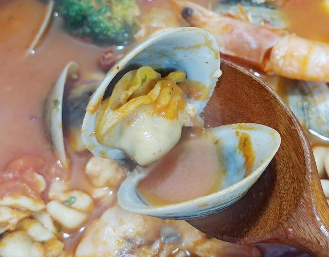 해산물고추장토마토찌개