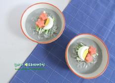 시원한 여름별미 면요리/검은콩국수