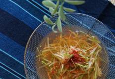 콩나물이 아삭한 오이냉국 만드는 법