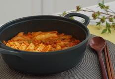 삼겹살묵은지찜 l 김치와 삼겹살은 끓여도 구워도 맛잇어~!