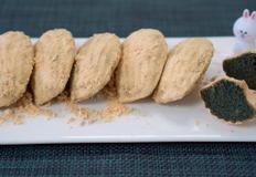 [NO밀가루] 쌀가루를 넣은, 고소한 쑥 인절미 마들렌