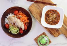 면없는 가지 파스타와 야채국수 들기름소스 샐러드