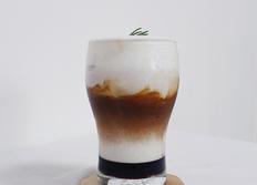 홈카페 흑당 크림 라떼 만들기 | 전자레인지로 쉽고 간단하게 만드는 흑설탕 시럽으로 만드는 초간단 레시피