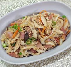 면역력에 좋은 버섯을 듬뿍 넣은 버섯 볶음우동(저녁메뉴, 주말메뉴로 추천)