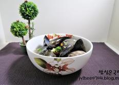 자연산 홍합으로 만든 홍합탕