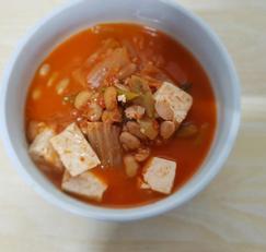 겨울되면 꼭 먹는 김치 청국장 찌개