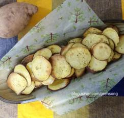 에어프라이어 고구마칩:긴~긴~밤 겨울간식으로 좋아요.
