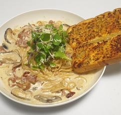 고르곤졸라 크림 파스타&마늘빵 만들기