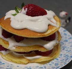 초간단 쉬운요리 간단메뉴 한끼 간식 딸기 생크림 팬케이크