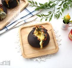 오징어 먹물 냉동생지로 만드는 치즈빵