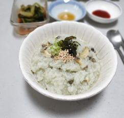 고소하고 맛있는 전복죽 끓이는 법/전복 손질하는법