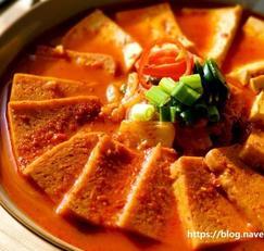 누가 끓여도 맛있는 스팸 김치찌개 끓이는법