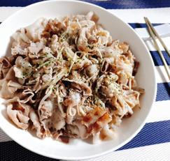 [만원의행복]팽이버섯 대파삼겹살볶음~기름없이 담백한맛!